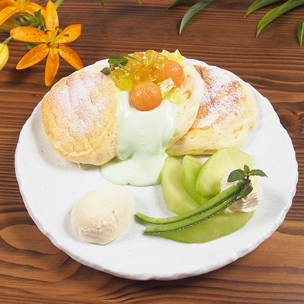 季節のスペシャルパンケーキ<br>メロンのパンケーキ<span>[1日限定20食 ]<span><br><span>Seasonal special pancakes<br>melons pancakes<br> [Limited to 20 serves per day] </span><br>¥1,280